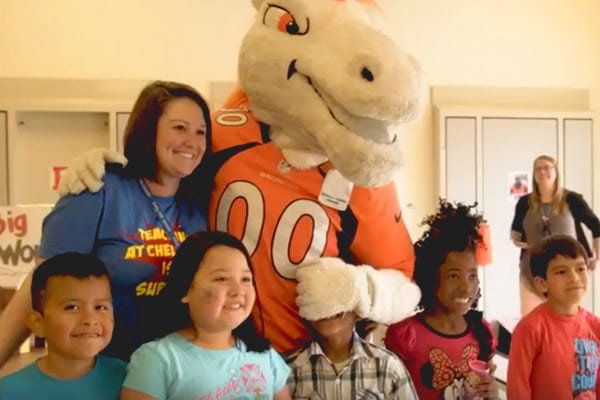 Noble Energy | Noble Energy And Denver Broncos Partner For Day Of Service